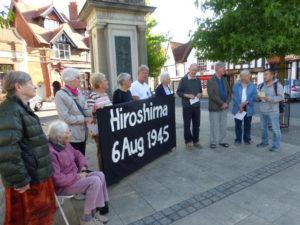 Hiroshima Day vigil, Abingdon, 2016