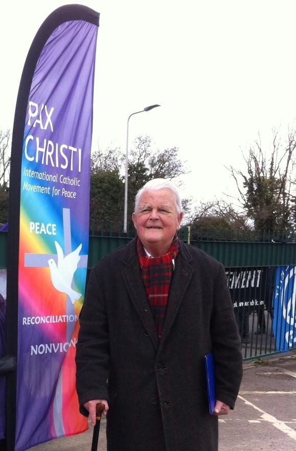 Bruce Kent visits to London embassies - Pilgrimage4Peace @ London